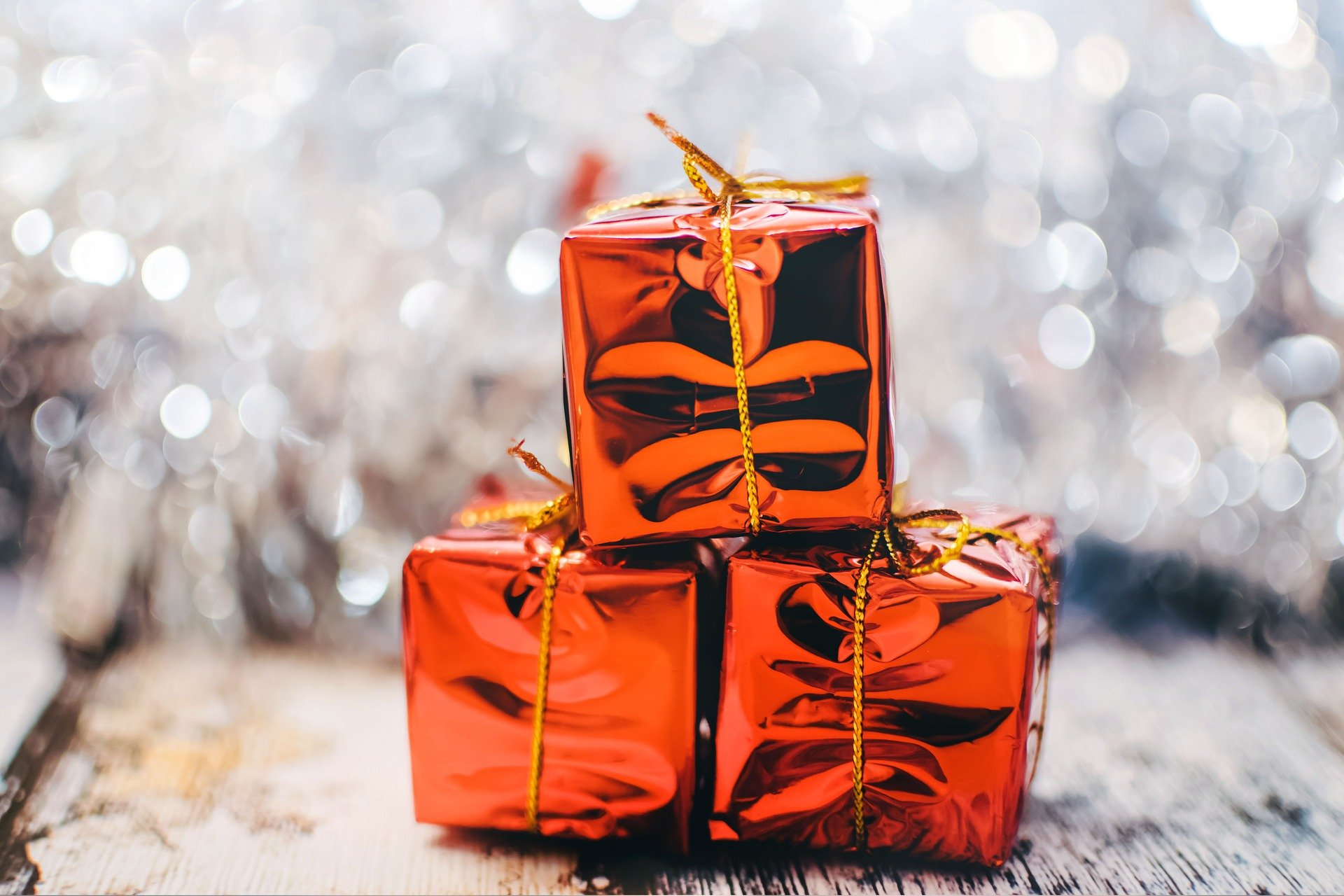 7 Frugal Holiday Gift Ideas You Didn't Think Of